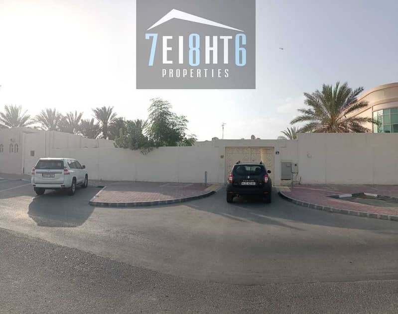 Outstanding property: 3 b/r good quality indep villa + maids room + large garden for rent in Al Wasl.