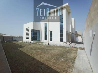 فیلا 5 غرف نوم للايجار في عود المطينة، دبي - Amazing value: 5 b/r independent villa + maids room + large garden for rent in Oud Al Muteena Second