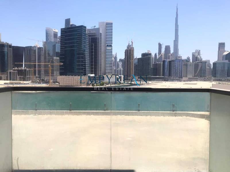 2 BURJ AND LAKE VIEWS LARGE ONE BR BRIGHT TWO BALCONIES