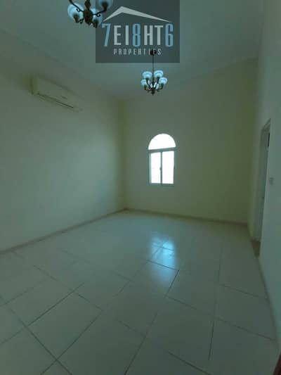 4 Bedroom Villa for Rent in Al Warqaa, Dubai - Amazing property:  4 b/r good quality independent villa + large garden for rent in Warqaa 4