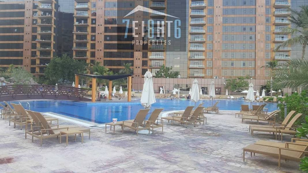 Stunning city view apartment: 1 b/r  + shared s/pool + Gym for rent in Palm Jumeirah