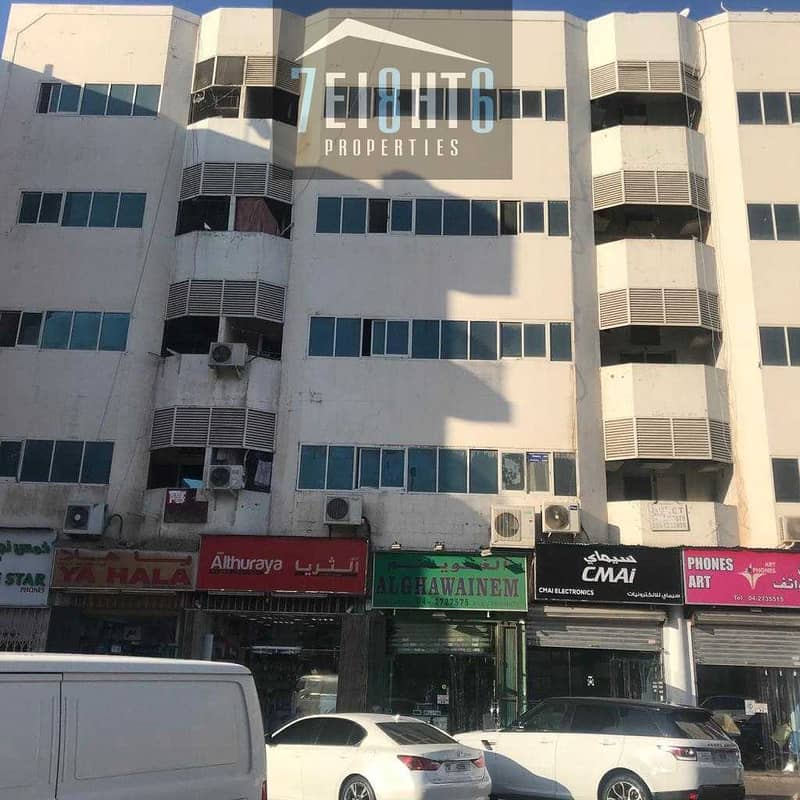 Exceptional value building: 25 1b/r good quality independent villa + large garden for rent in Deira
