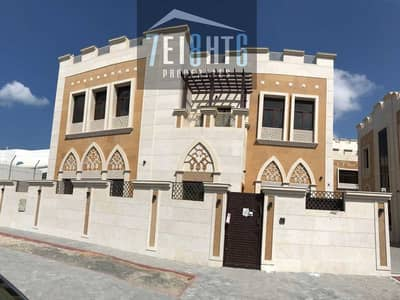 5 Bedroom Villa for Rent in Al Safa, Dubai - 5 bedroom spectacular brand new high quality luxury villa with outstanding finishing + maids room + garden for rent