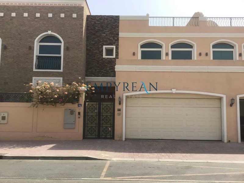 Stunning Villa In Jumeirah