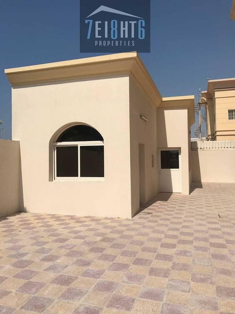 10 Exceptional luxury: 5 b/r independent villa + servant quarters + 2 kitchens + s/pool + stunning landscaped garden