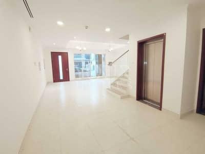 تاون هاوس 4 غرف نوم للبيع في قرية جميرا الدائرية، دبي - Private Elevator 4Bed + Maid TH Near Park JVC