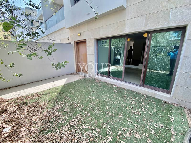 32 SB | vacant 4BR + Maid + 2 Parkings + common PooL Gym