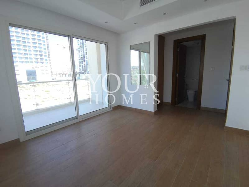 US | Townhouse 4 Bed+Maid With Terrace