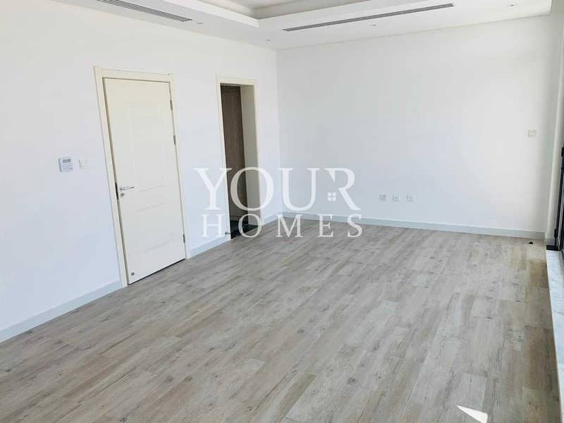 16 MK | Brand New | Ready to Move in | 4B with Pvt Garden