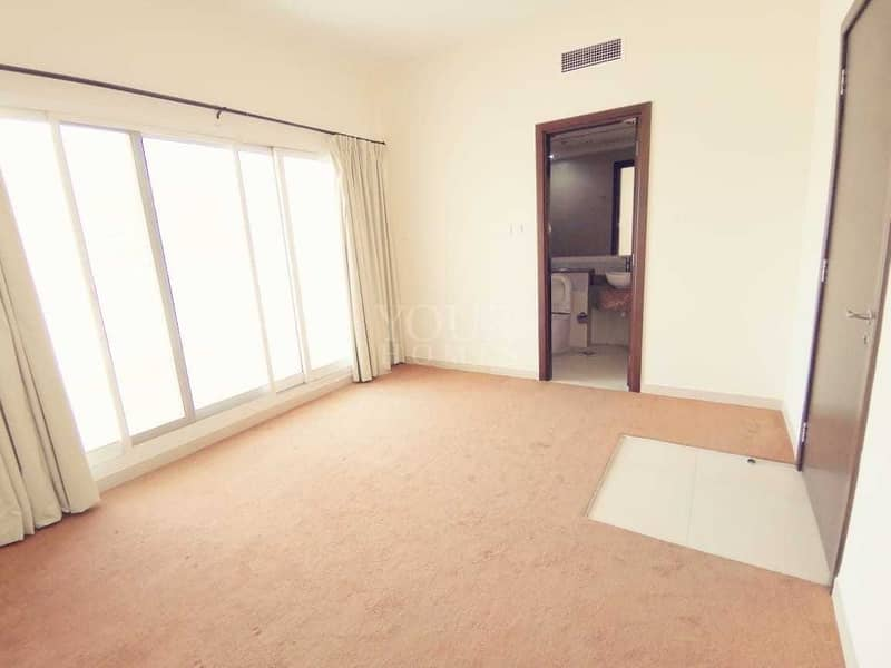 2 Luxurious 5Bed + Maid + Basement and Storeroom