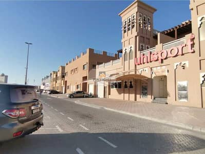 5 Bedroom Villa for Rent in Al Barsha, Dubai - PAY 4CHQS | FUNCTIONAL 5BR | GOOD LOCATION | MASSIVE