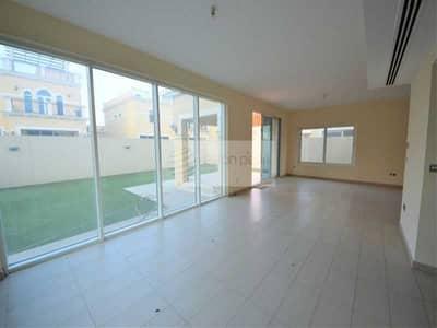 4 Bedroom Villa for Rent in Jumeirah Park, Dubai - Vacant Villa on 1st August |4 Bedroom| Brand New