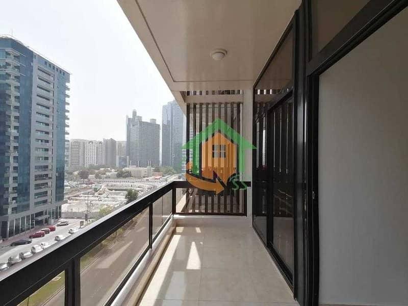 Spacious 3BHK Appt l Big Balconies  Prime Location