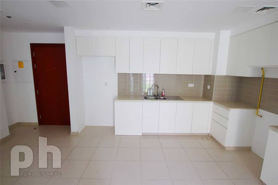2 Pool Views | Landscaped Garden | 2 Bed