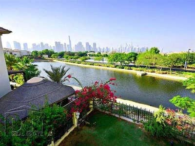 4 Bedroom Villa for Sale in Jumeirah Islands, Dubai - Spectacular Spanish Style - Private Pool
