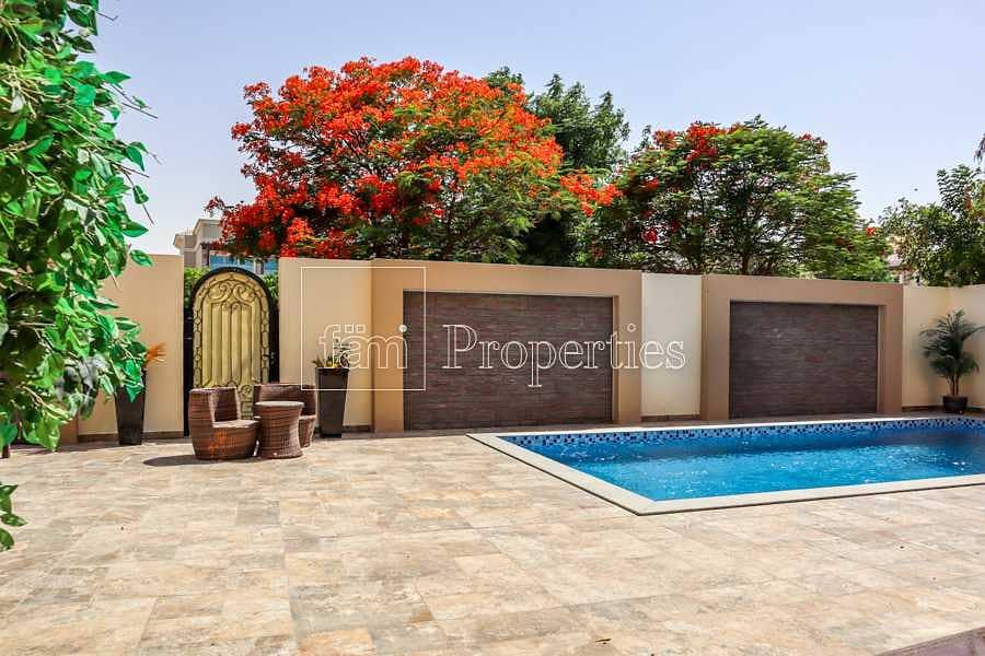 25 Spanish-style villa | Spacious | Luxury