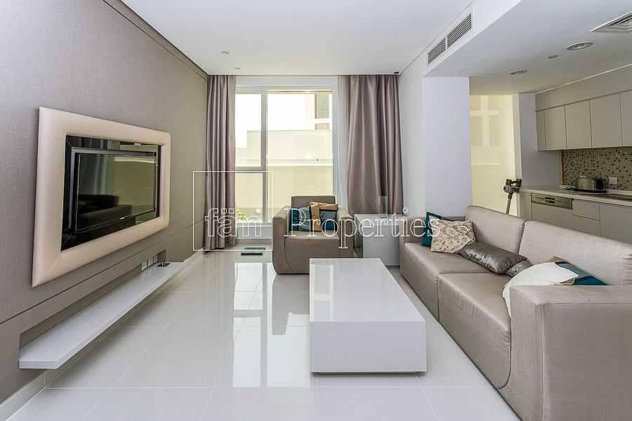 1BR Upgraded|Balcony|Walk to Dubai Mall