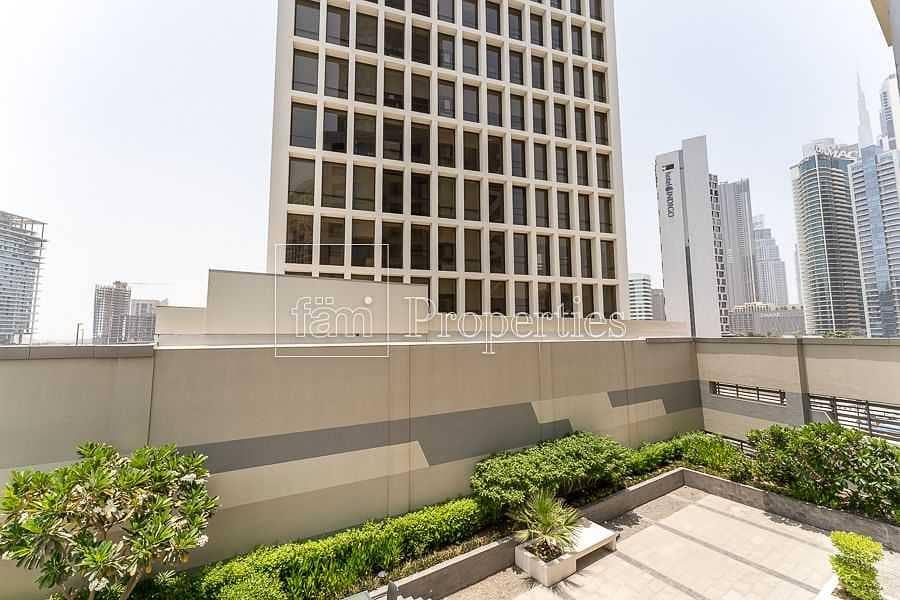 2 1BR Upgraded|Balcony|Walk to Dubai Mall