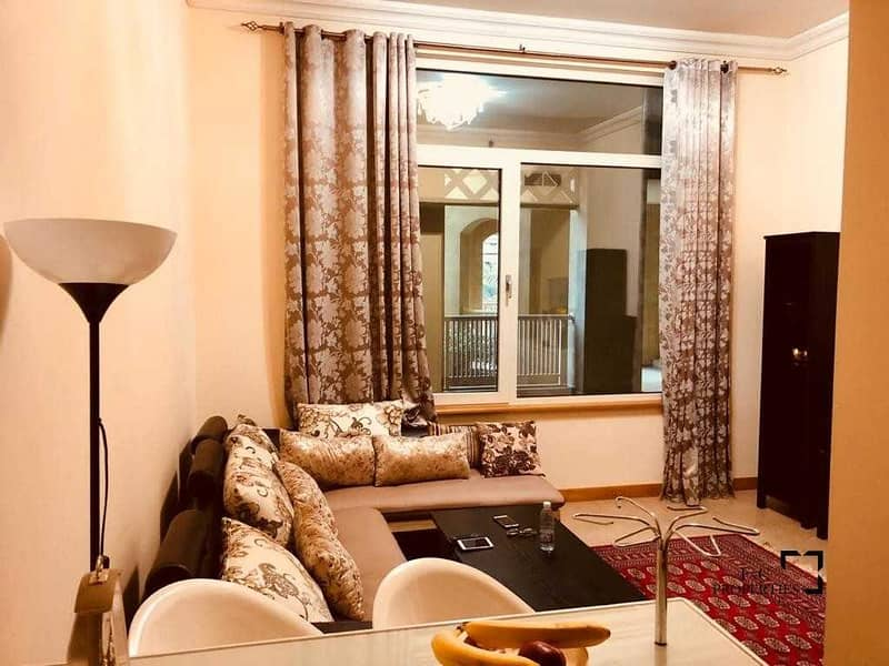 Furnished 1 Bed Apartment  Vacant in June
