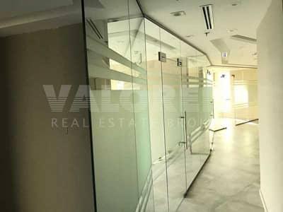 مکتب  للايجار في الخليج التجاري، دبي - Corner Unit| Close To Metro| Class Partitions| Higher Floor
