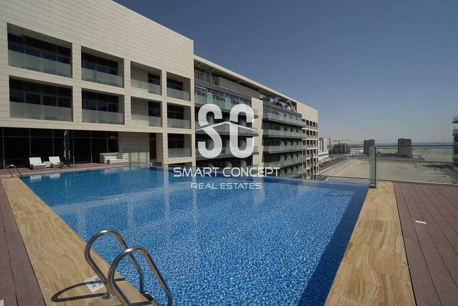 Luxurious Apartment w/ Balcony Perfect To Live In
