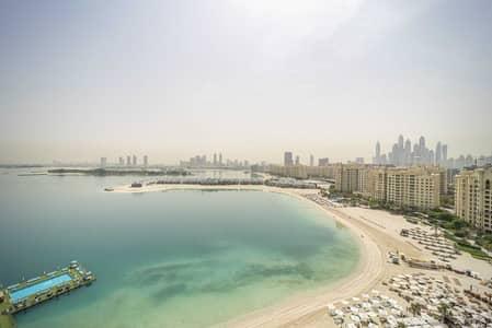 فلیٹ 2 غرفة نوم للبيع في نخلة جميرا، دبي - Panoramic Sea View | Spacious Balcony | Unfurnished