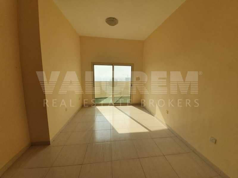 2 Middle Floor | Lowest Price | With Parking