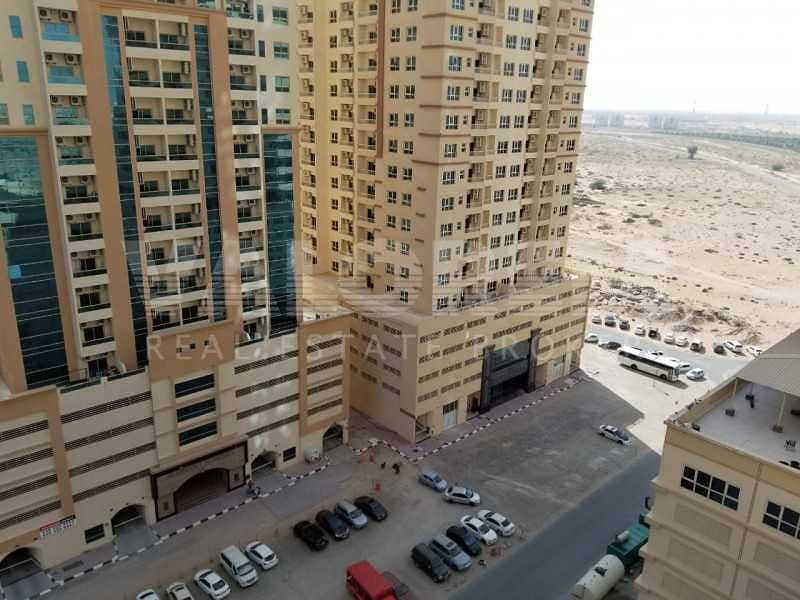 18 Middle Floor | Lowest Price | With Parking
