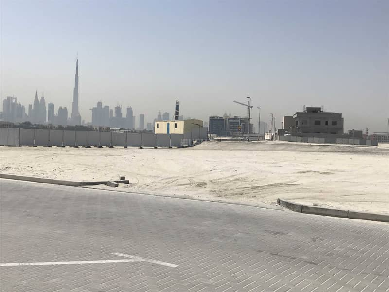 2 50 meters from the beach   burj khalifa and skyline view