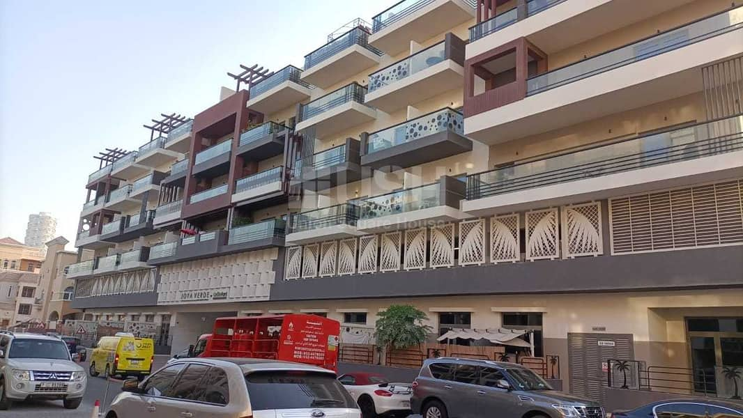 Spacious 1BR | Luxury bldg | Well-maintained