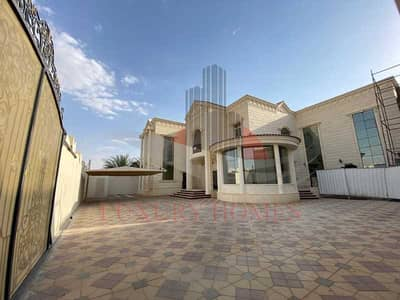 6 Bedroom Villa for Rent in Zakher, Al Ain - Incredible Independent Yard Near Community Parks