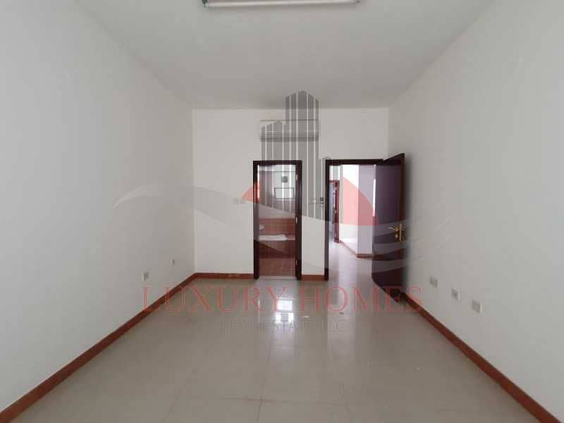 16 Balcony Huge Hall Bright Apartment Spacious Rooms