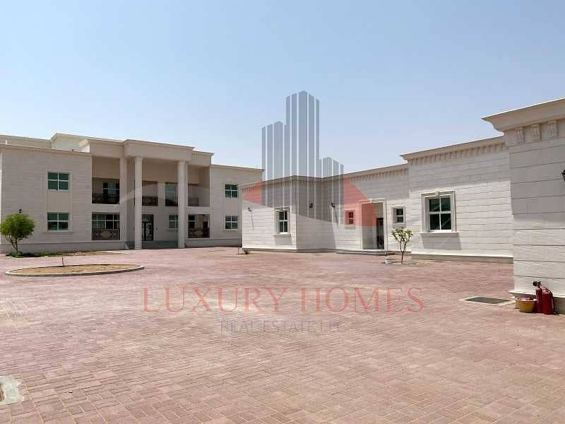 Outstanding Villa 2 Separate Majlis and Elevator