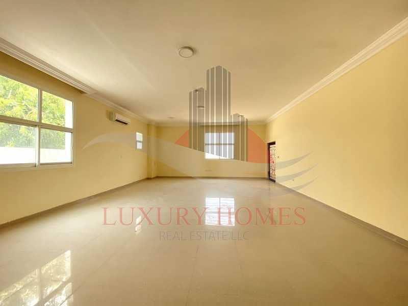 2 Outstanding Villa 2 Separate Majlis and Elevator