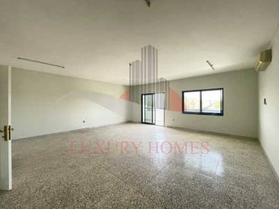 3 Bedroom Flat for Rent in Al Nyadat, Al Ain - Perfect Entertainer with All Facilities Available