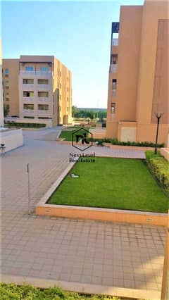 nice view large 2 bedrom  with balcony and parking 1 to 06 cheques