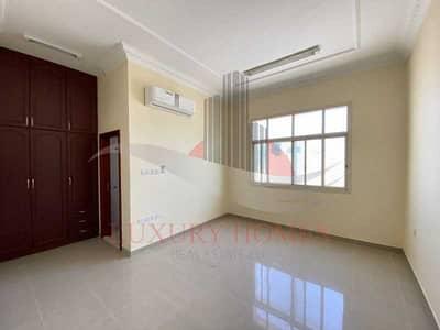 فلیٹ 3 غرف نوم للايجار في عشارج، العین - Bright and spacious with covered parking