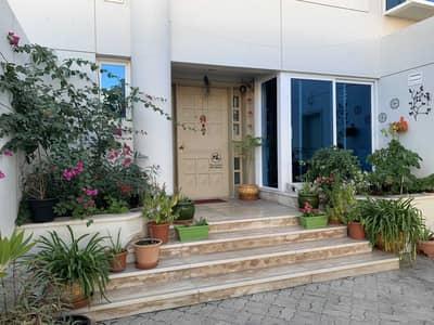 4 Bedroom Villa for Rent in Dubai Internet City, Dubai - Amazing community villa on excellent location next to beach