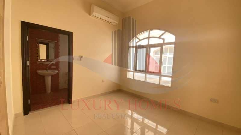 2 Elegant and Bright Apt with Store and Wardrobes