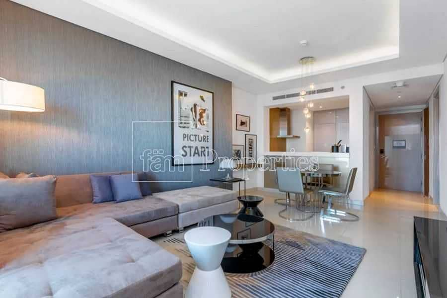 2 Modern aparttment near Dubai Mall & Metro