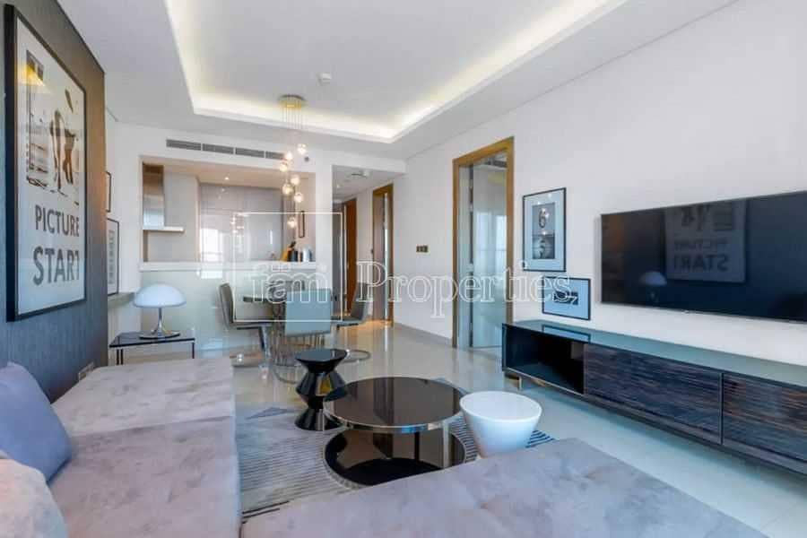 10 Modern aparttment near Dubai Mall & Metro