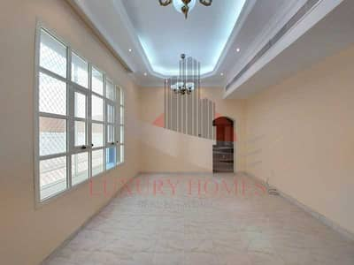 فیلا 4 غرف نوم للايجار في فلج هزاع، العین - Compound Villa Four Master Bedrooms  with Balcony