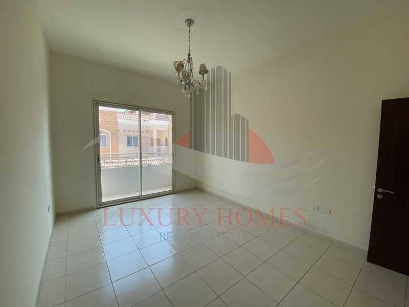 2 Immaculate and elevated close to Schools