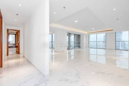 4 Bedroom Flat for Sale in Business Bay, Dubai - Apt with luxurious finishes & scenic lake views
