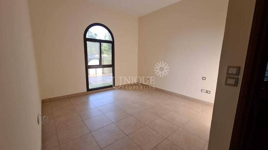 2 Well Maintained Villa | Private Landscaped Garden
