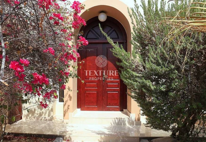 Renovated | 3 Bedroom Villa + Maid for Rent | Private Garden | Pet Friendly | Jumeirah