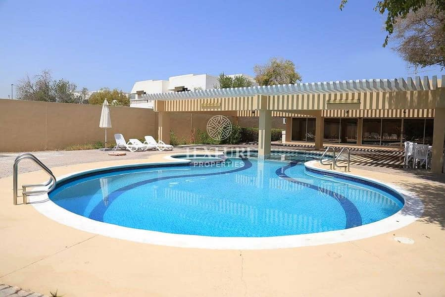 15 Renovated | 3 Bedroom Villa + Maid for Rent | Private Garden | Pet Friendly | Jumeirah