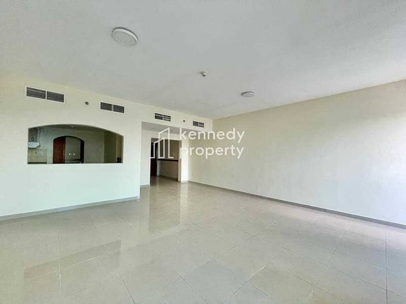 2 Well Priced I High Floor I Vacant on Transfer