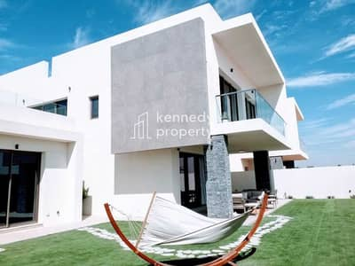 6 Bedroom Villa for Sale in Yas Island, Abu Dhabi - Corner Plot I Golf Course View I Large Layout