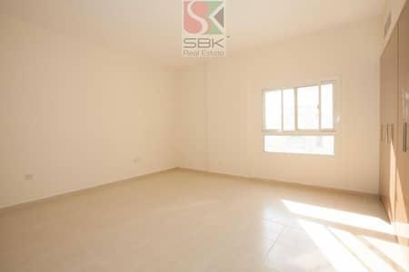 شقة 1 غرفة نوم للايجار في ديرة، دبي - Specious  1 Bhk  Available  In Horlanz   For  Family